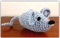 Find this free mouse crochet pattern on www.crochetguru.com