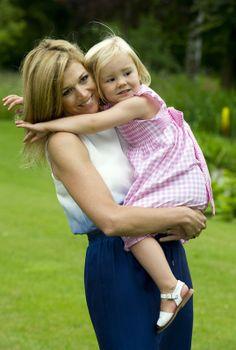 ♥•✿•QueenMaxima•✿•♥...Princess Alexia and Princess Maxima of Netherlands