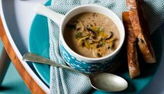 @Button mushroom and thyme soup