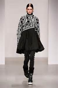 monochrome fashion - Yahoo Image Search results