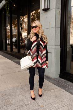 #Fashion #Sweater #NYC #WinterFashion #Blogger #Fall #Summer #DIY #Influencer #NYCStyle #StyleGuide #Trends #FashionTrends #NewYork #Travel #OOTD #TravelFashion #Outfit #2019 #Stylish #Inspiration #Inspo #Feminine #Empowerment #WomensFashion #Luxury Nyc Fashion, Winter Fashion, Womens Fashion, Fashion Trends, Travel Ootd, Summer Diy, Travel Style, Style Guides, Plaid Scarf
