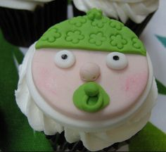 i like this variation of the baby face cupcake thing