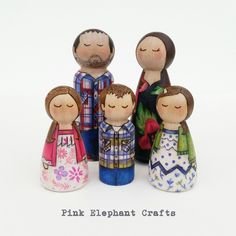 Peg doll family of five