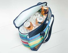 Thirty One Thermals My favorite Thirty one bag This months specialshttps://www.mythirtyone.com/1872732/shop/Party/EventDetail/10572836