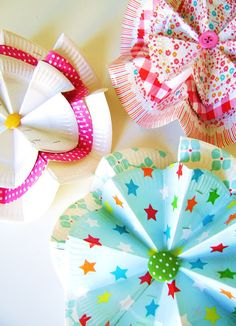from paper plate to paper flower by  silly old suitcase