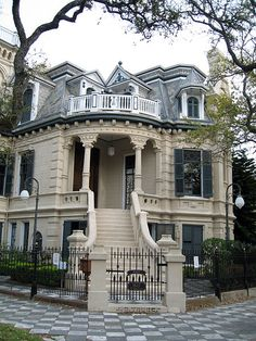 """Victorian """"Trube Castle"""" on Sealy and 17th St. in Galveston, Texas.  Taken on March 16, 2006 by Laura Scudder."""