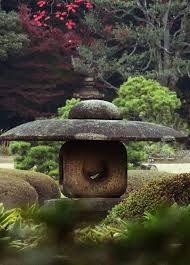 Kuvahaun tulos haulle japanilainen puutarha vesiaihe