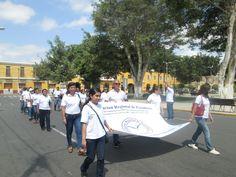 Desfile ARP Plaza principal de Ica.
