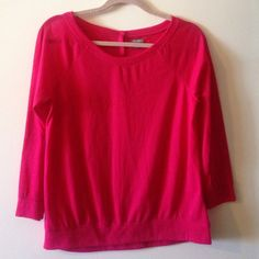 Light weight top 3/4 sleeve light weight top with super cute keel button detail on the back. Wore once, excellent condition!! aerie Tops Blouses