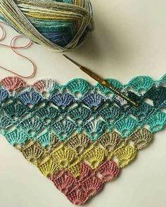 16 Xales de crochê coloridos – lãs, técnicas e gráficos   De Frente Para O Mar