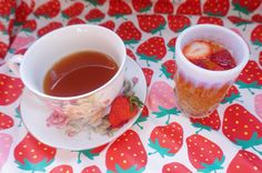 Dearies, it's time to dust off that picnic basket! Here are my picnic tea sparkler recipes.