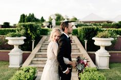 Image 9 - Elegant romance in Styled Shoots.