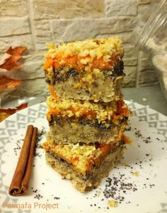 Naan, Lasagna, Banana Bread, Poppy, Ethnic Recipes, Desserts, Food, Lasagne, Tailgate Desserts