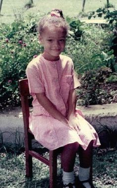 Aww little Robyn #rihanna