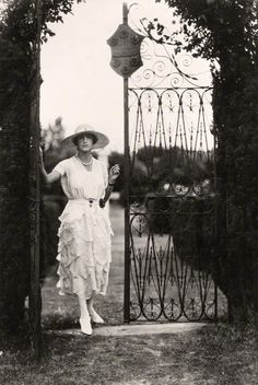 hotel-haute-societe: Sybil (nee Sassoon), Marchioness of Cholmondeley photographed by Cecil Beaton in the gardens at Houghton Hall, Norfol...