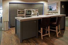 Old Wood keuken. Demo van topkok? Check de site. | DB Keukens