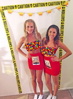 Halloween is a time to pull out some unique Halloween costumes for best friends! So we found some great Group Halloween Costumes for you and your best friends. Look at a list of these super cool Girlfriend Group Halloween Costumes, and you can find s Cute Group Halloween Costumes, Couples Halloween, Fete Halloween, Cute Costumes, Costumes For Women, Creative Costumes, Costume Ideas For Groups, Bff Costume Ideas, Halloween Costumes For Teens Girls
