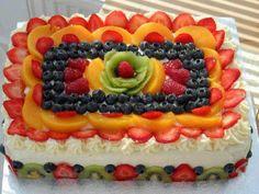 Adóro Cocinar! adóro cozinhar!: Bolo de aniversario decorado con frutas frescas.