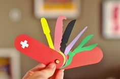 DIY Paper Swiss Army Knife Craft for Kids - Cool! He always wants to use the nail clippers as his swiss army knife. Girl Scout Swap, Diy Cardboard, Girl Guides, Army Crafts, Kids Crafts, Hat Crafts, Cub Scouts, Girl Scouts, Diy Paper