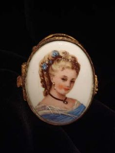 Antique French Ring/Pill Box