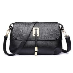 901eec4ba5a73 12 en iyi Women's Bags görüntüsü | Leather purses, Leather totes ve Bags
