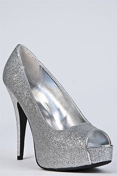 Love a Peep Toe that Sparkles My Super Sweet 16, Princess Sweet 16, Sparkly Heels, Sweet 16 Parties, Wedge Sneakers, Beautiful Shoes, Girls Shoes, Shoe Boots, Peep Toe