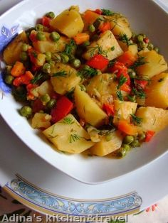 Adina's kitchen & travel added a new photo. Healthy Diet Recipes, Vegetarian Recipes, Healthy Food, Romanian Food, Romanian Desserts, Romanian Recipes, Gordon Ramsay, Vegan Dishes, Raw Vegan