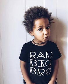 Want a rad way to promote your little to Big Bro? He can proudly wear this tee! Essential for announcement photos, birthday photos, or a meet-and-greet after a baby sibling arrives! New Big Brother, Brother Brother, Hipster Kids Clothes, Sibling Shirts, Size Chart For Kids, Lil Sis, Trendy Kids, Birthday Photos, Little Sisters