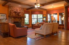 Warm Painted Ideas for Traditional Style Large Living Room