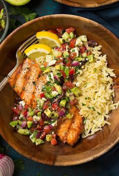 Grilled Salmon with Avocado Greek Salsa and Orzo – Cooking Classy - Pink Rezepte Orzo Recipes, Salmon Recipes, Fish Recipes, Seafood Recipes, Cooking Recipes, Salmon And Orzo Recipe, Tilapia Recipes, Recipes Dinner, Grilled Recipes
