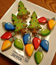 Ideas For Baking Desserts Creative Fun Christmas Cookies Christmas Sugar Cookies, Christmas Sweets, Noel Christmas, Holiday Cookies, Christmas Baking, Holiday Desserts, Christmas Cakes, Christmas Lights, Christmas Recipes