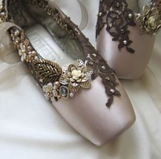 Beautifully embellished toe shoes (=)