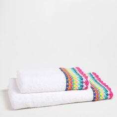 Zara Home New Collection Zara Home Australia, Sidney Australia, Queensland Australia, Australia Travel, Crochet Towel, Crochet Lace, Bed Cover Design, Zara Home Collection, Bathroom Towels