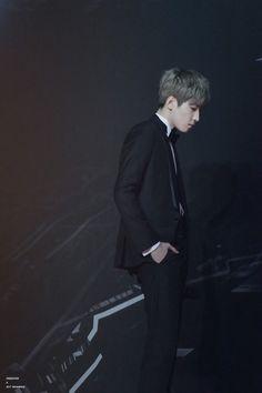 Seventeen (세븐틴) | Jeon Wonwoo Carat Seventeen, Mingyu Seventeen, Seventeen Debut, Mingyu Wonwoo, Seungkwan, Woozi, Jeongguk Jeon, Won Woo, Solo Photo