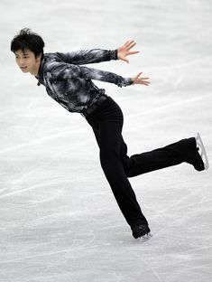 Yuzuru Hanyu Photo - ISU Four Continents Figure Skating Championships - Day 1
