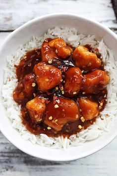 Sweet and spicy Chinese Honey Sriracha Chicken - better tasting and healthier than take out! Healthy High Protein Meals, High Protein Recipes, Protein Foods, Healthy Foods, Healthy Eating, Chicken Recipes Video, Healthy Chicken Recipes, Cooking Recipes, 21 Day Fix