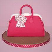 http://www.zoeclarkcakes.com/cakes_special_birthday1.html