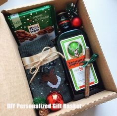 A Comprehensive List Of Beautiful Christmas Gift Baskets For.- A Comprehensive List Of Beautiful Christmas Gift Baskets For Everyone On Your List A Comprehensive List Of Beautiful Christmas Gift Baskets For Everyone On Your List - Teen Christmas Gifts, Christmas Gift Baskets, Holiday Gifts, Christmas Christmas, Christmas Ideas, Christmas Present Ideas For Mom, Homemade Gifts, Diy Gifts, Personalised Gifts Diy