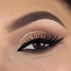 Makeup Geek Eyeshadows in Beaches and Cream, Frappe, Cocoa Bear, Mocha and Shimma Shimma. Look by: thebeauty_edit