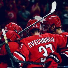 Hurricanes Hockey, Justin Williams, Hockey Boards, Cuddling On The Couch, Hockey Baby, Cute Brunette, You Are Cute, Carolina Hurricanes, Sweet Guys