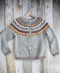 Ravelry: Project Gallery for Design 11 pattern by Margrét Valdemarsdóttir Fair Isle Pullover, Baby Pullover, Baby Cardigan, Girls Sweaters, Baby Sweaters, Sweaters For Women, Knit Cardigan Pattern, Fair Isle Knitting Patterns, Icelandic Sweaters