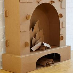 Cardboard Fireplace - the original and sooooo comfortable solution for the Christmas decoration of your home, apartment, office or event! Diy Christmas Fireplace, Diy Fireplace, Cozy Christmas, Simple Christmas, Christmas Crafts, Simple Fireplace, Fireplace Cover, Limestone Fireplace, Fireplace Inserts