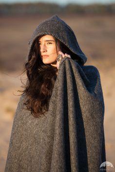 "Broadcloth Wool Cape ""Labyrinth"""