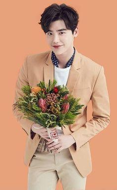 There's no doubt about it; Lee Jong Suk is an amazing actor. When he cries, we weep. Lee Jong Suk Cute, Lee Jung Suk, Korean Celebrities, Korean Actors, Asian Actors, Korean Guys, Lee Min Ho, Lee Jong Suk Wallpaper, Soon Joong Ki