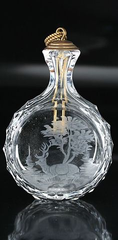 1880 BOHEMIAN GLASS SNUFF BOTTLE & STOPPER ENGRAVED WITH RECLINING STAG, SIMILAR SHAPE TO SCENT PERFUME BOTTLE