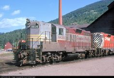 CP 8839 Canadian Pacific Railway EMD at Revelstoke, British Columbia, Canada by Chuck Schwesinger Location Map, Photo Location, British Columbia, Revelstoke Bc, Freight Transport, Canadian Pacific Railway, Railroad Pictures, Railroad History, Diesel Locomotive