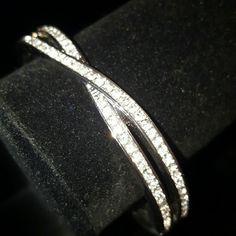 Swarovski Style Bangle Silver Crossing NWOT, Swarovski Style Bangle, Silver Tone Hardware, NEW Jewelry