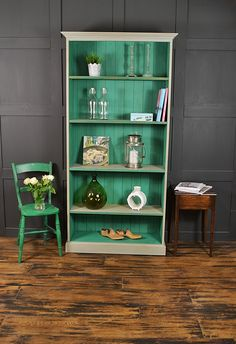 This large bookcase has been given a bold and beautiful statement look, using Annie Sloan Florence and Paris Grey. Lightly distressed and aged with dark wax, why not brighten up your living space?
