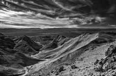 Vale de la Luna  Photo by O. Castro Jr — National Geographic Your Shot