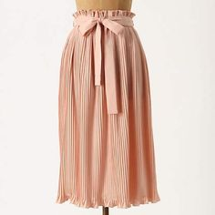 Anthropologie silky pleated midi Lightweight and great with a tee, botton down or moto jacket! Elastic pull on waistband with belt. Flows like a dream. Hunter Dixon New York for anthropologie Anthropologie Skirts Midi